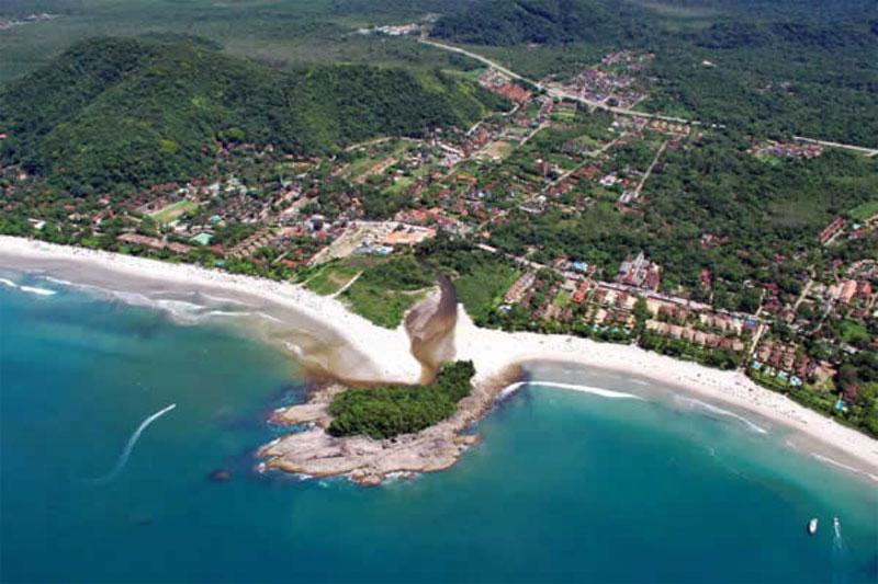 Ilhote entre as Praias do Camburi e Camburizinho - São Sebastião - ICC