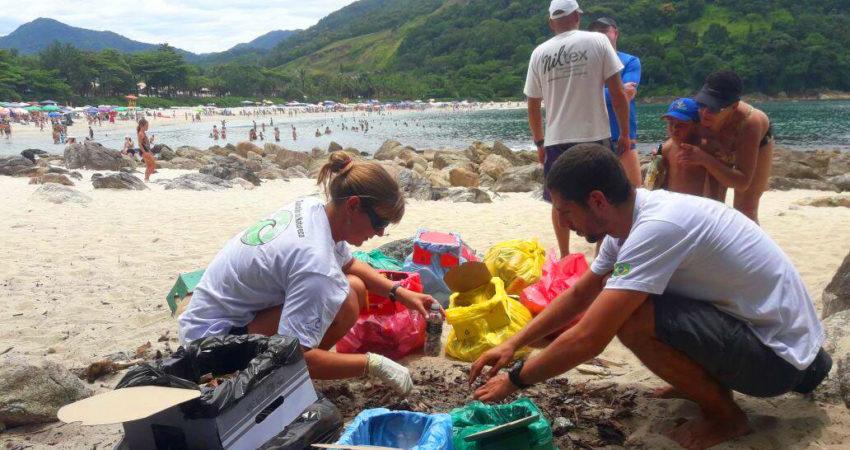 ICC e Verdescola contribuem com recuperação ambiental na Praia do Camburi